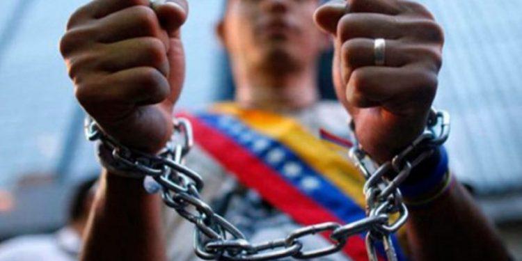 El espeluznante informe sobre las nuevas torturas contra presos políticos en Venezuela