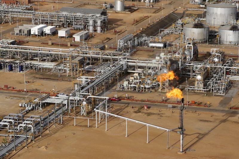 Venezuela needs $58 billion to restore crude output to 1998 levels – document