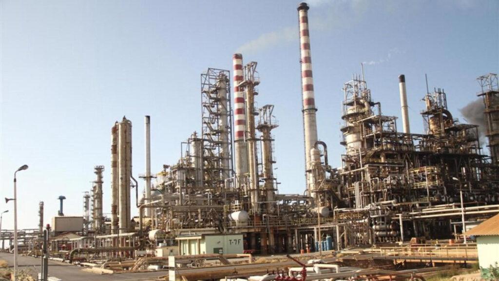 La refinería Cardón estaría produciendo de 40 a 50 mil barriles de petróleo diarios