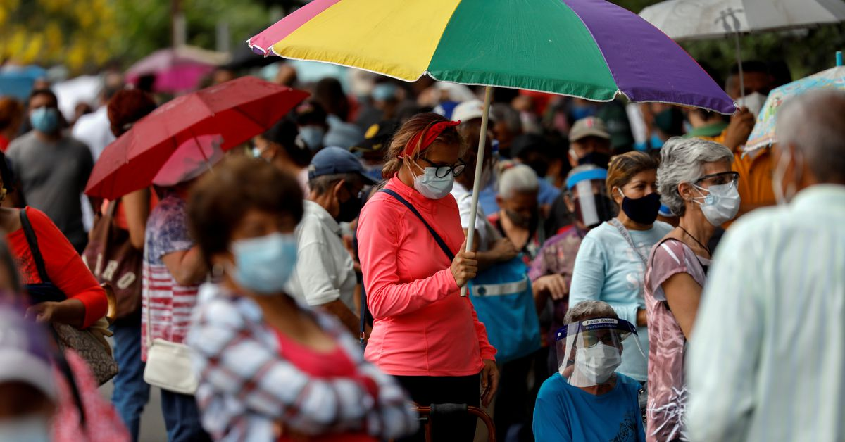 Venezuela, under sanctions, asks local banks to make vaccine payments