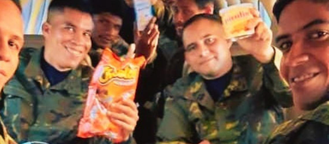 Guerrillas Release Captive Venezuelan Troops After Humiliating FANB | Caracas Chronicles
